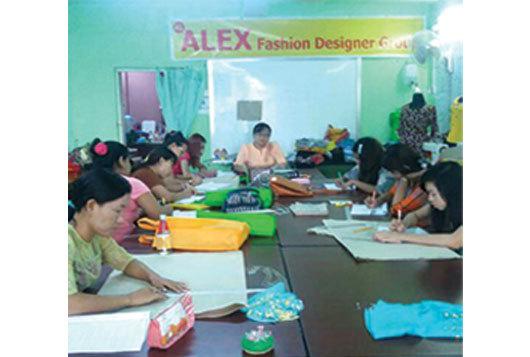 ALEX_Fashion-Design-Sewing-&-Tailoring_7_[Photo].jpg