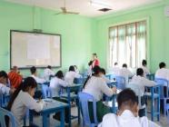 တစ်နိုင်ငံလုံးရှိ အခြေခံပညာကျောင်းများ တစ်နေ့လျှင် လေးနာရီနှင့် စာသင်ချိန် ငါးချိန်သာသင်ကြားရန်
