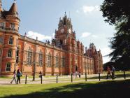 ဩစတေးလျ နိုင်ငံရှိ တက္ကသိုလ်များသို့ပြန်နိုင်ရန် စင်ကာပူ နိုင်ငံမှ ကျောင်းသားများမျှော်လင့်