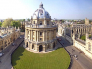 အောက်စ်ဖို့ဒ်တက္ကသိုလ်သည် ကမ္ဘာ့တက္ကသိုလ်အဆင့်တွင် ပဉ္စမအကြိမ် ပထမနေရာတွင်ရှိသည်