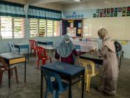 ကျောင်းများမည်မျှ ကြာကြာပိတ်ထားသင့်ကြောင်းနှင့် ပတ်သက်၍ သဘောထားအမြင်များ ရှုပ်ထွေး
