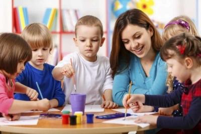 သင့်ကလေးနဲ့ ကိုက်ညီမှုရှိတဲ့မူကြိုကျောင်းကို ဘယ်လိုရွေးမလဲ